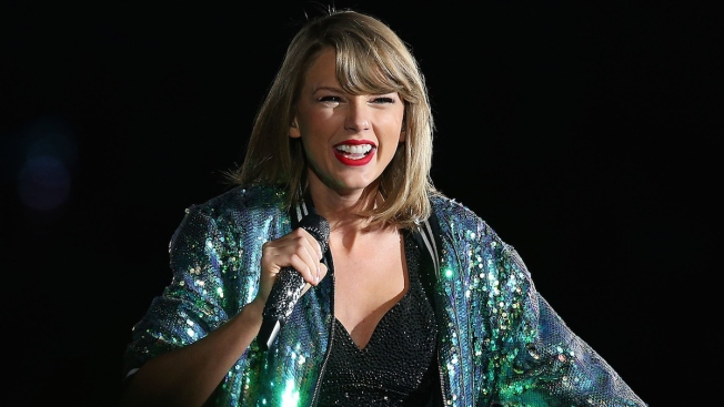 Taylor Swift Donation Helps Set New HuskyTHON Record