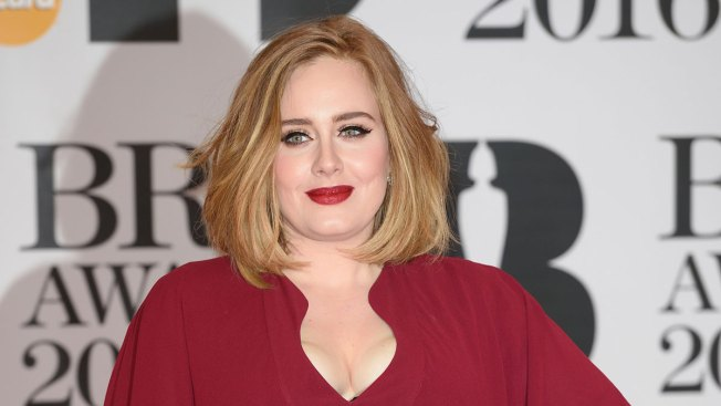 Adele Says Her Credit Card Was Declined at H&M