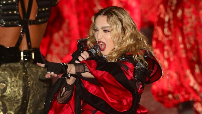 Madonna Angers Australian Fans With 2-Hour Concert Delay