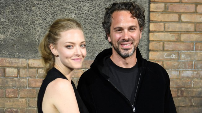 Amanda Seyfried Engaged to Thomas Sadoski