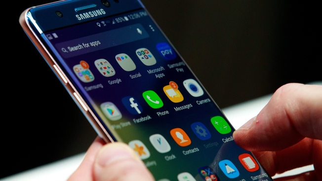 Fire Threat Prompts Recall of 1M Samsung Galaxy Note 7 Smartphones