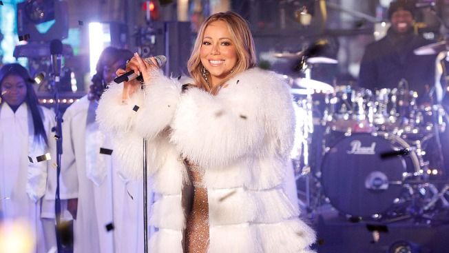 Mariah Carey Makes it Through Times Square Set Unscathed — But Without Her Tea