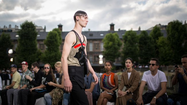 Brexit, Not the Clothes, is the Talk of Paris Fashion Week