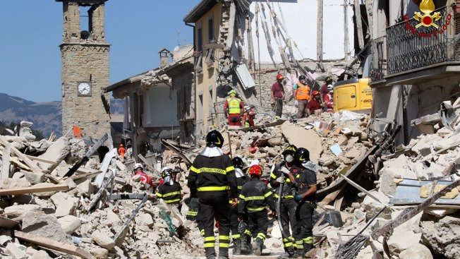 Barking Dog Found Alive in Rubble 9 Days After Italy's Quake