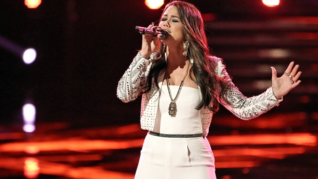 """The Voice"" Live Shows Kick Off, as Top 12 Battle for Spot in Top 10"