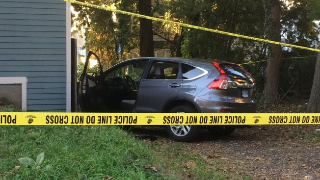 4 in Custody After Stolen Car Crashes in New Haven