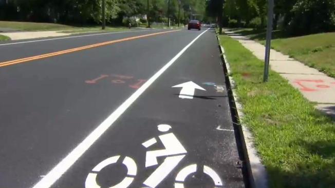 Breaking Down West Hartfords New Bike Lane Symbols Nbc Connecticut