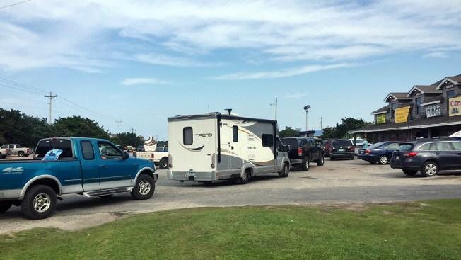 Generators Arrive as 10000 Tourists Evacuate North Carolina Islands