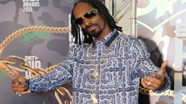Snoop Dogg Rebrands as Snoopzilla For New Album