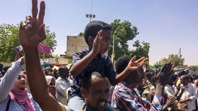 Sudanese Officials Say Army Forced President to Step Down