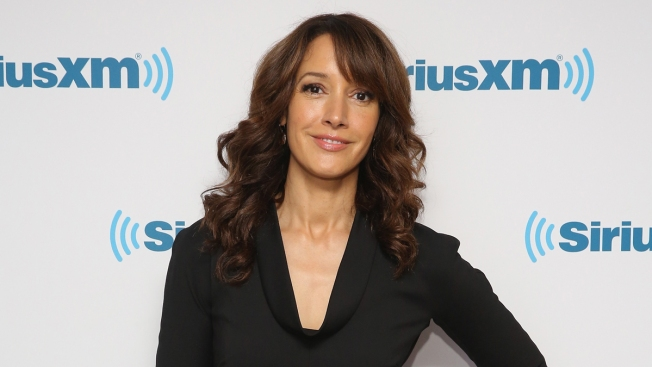 Jennifer Beals Responds to Leaving Dog in Car: I Would Never Jeopardize Animal's Safety