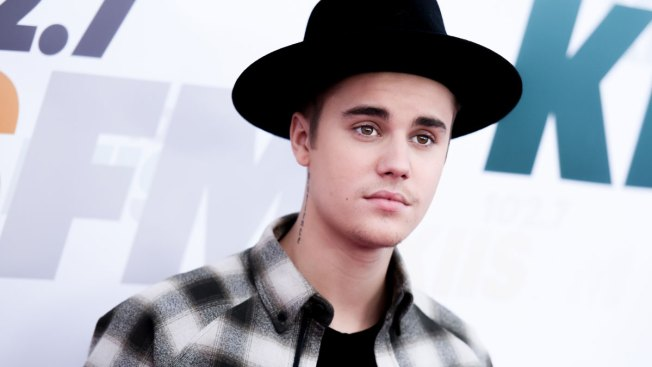 Justin Bieber Indicted in Argentina Over Attack on Photographer