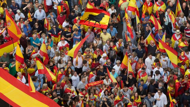 Separatists Vow to Defy Police Ultimatum Over Catalonia Vote