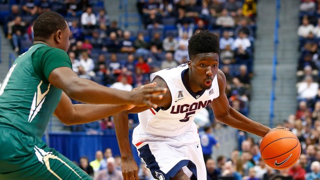 UConn Men Down UCF 67-46 in Final Regular Season Game