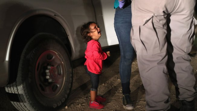 Toddler Sobbing in Iconic Photo Was Not Separated From Mother