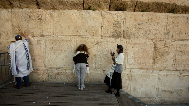 God's Got Mail: Letters Arrive at Jerusalem's Western Wall