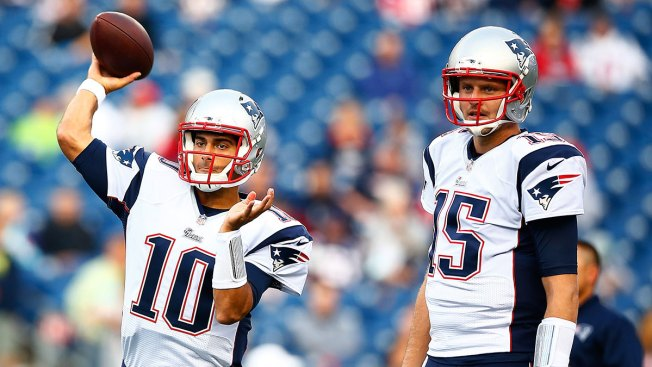 Garoppolo Makes Case for Brady's Backup