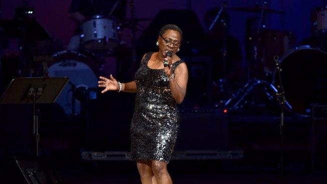 Brooklyn-Based Soul and Funk Singer Sharon Jones Dead at 60