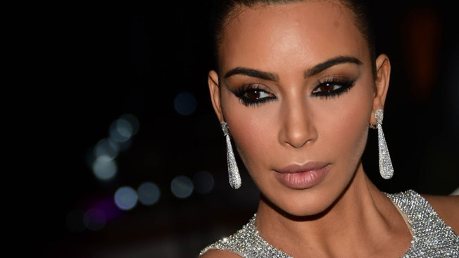 Kim Kardashian and Paris Cops Robbery Smells Like Inside Job