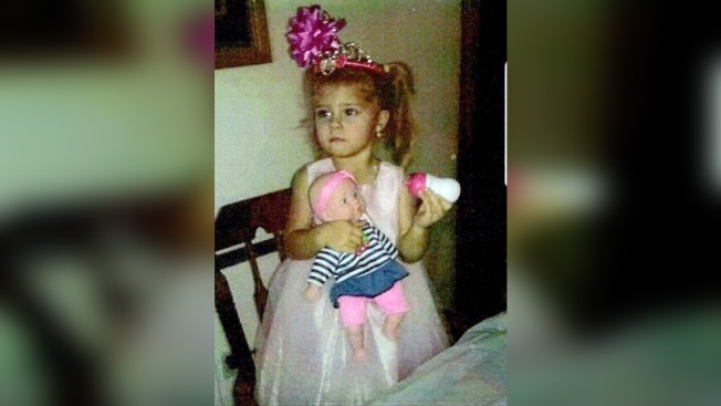 Mariah Kay Woods: FBI joins search for three-year-old girl