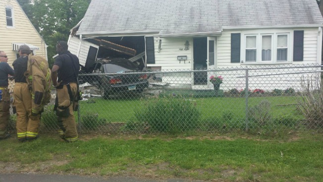 Car Hits House in New Britain