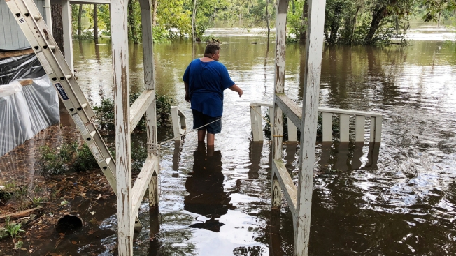 Florence Flooding Slowly Envelops South Carolina Homes
