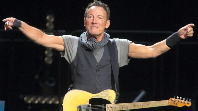 Bruce Springsteen Talks Depression, Family and New Memoir