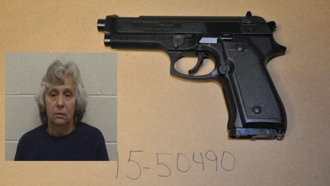 'Boom, Boom, Boom': Woman Points Fake Gun at Police