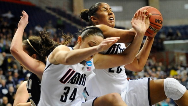 UConn Routs Idaho 105-37