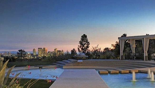 Courtney Cox And Ex David Arquette List A. Quincy Jones-Designed Home