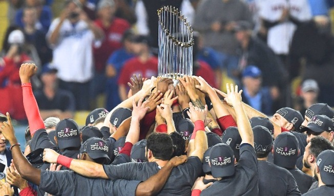 Patriots Will Reportedly Honor Red Sox Sunday Night