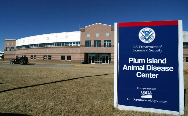Connecticut, N.Y. Lawmakers Try to Halt Plum Island Sale