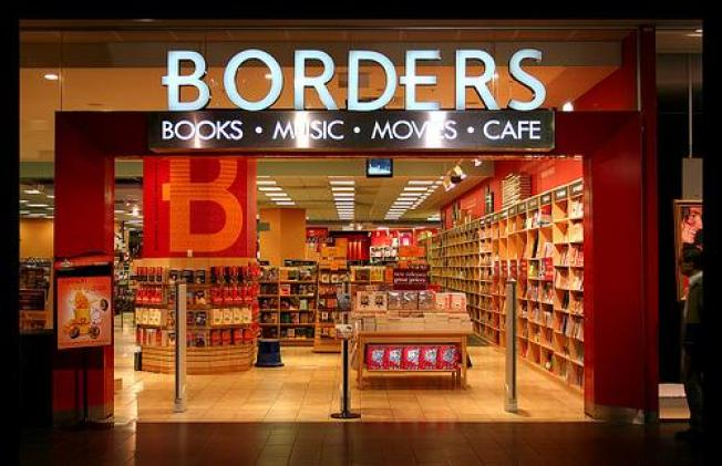Amid the Sales, Borders Customers Concerned About Economy