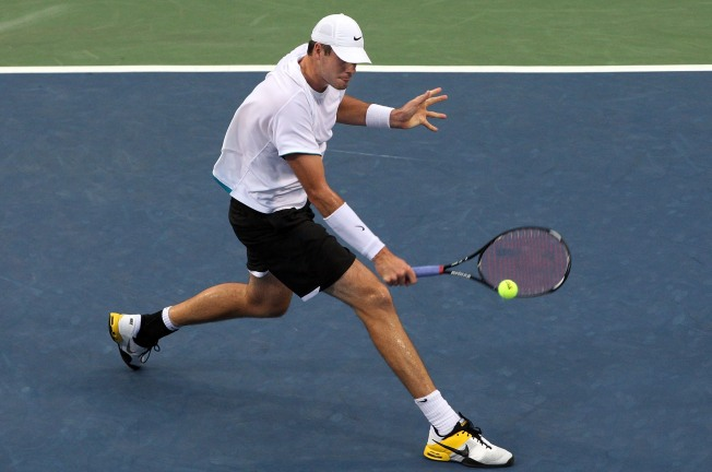 Tennis's Isner Setting Sights on Pilot Pen