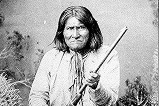 Geronimo's Fam Can't Sue Feds, Yale of Skull & Bones