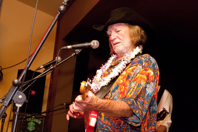 Willie Nelson Cuts His Famous Hair