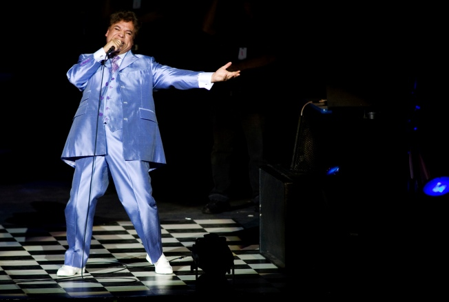 [LA GALLERY] Remembering Mexican Singer Juan Gabriel