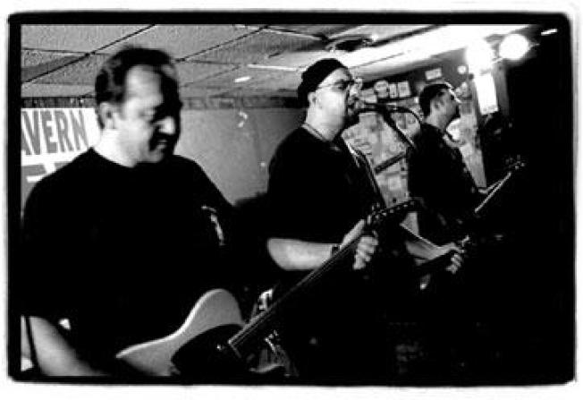 Romantics and The Smithereens to Play Free Concert in Hamden