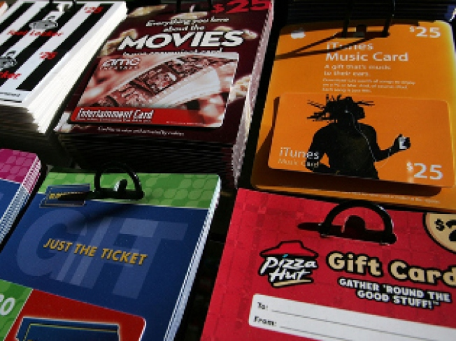 CT Senator Pushes for Gift Card Protection