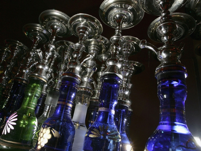 Pass the Hookah, There's a New Bar in Town