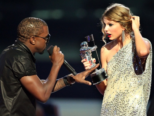 Taylor Swift, Kanye West to Perform at VMA's
