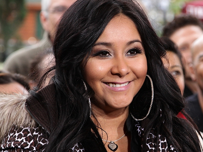 Worst Celebrity Valentine's Dates? Poll Takers Say Snooki, Biebs