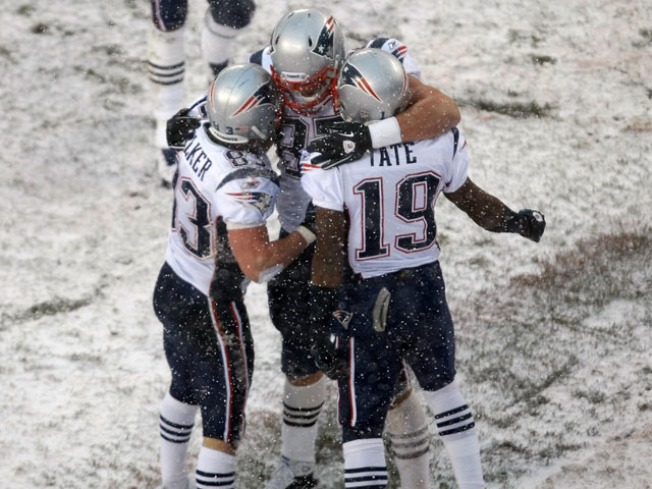 Patriots First Team to Clinch Playoff Spot