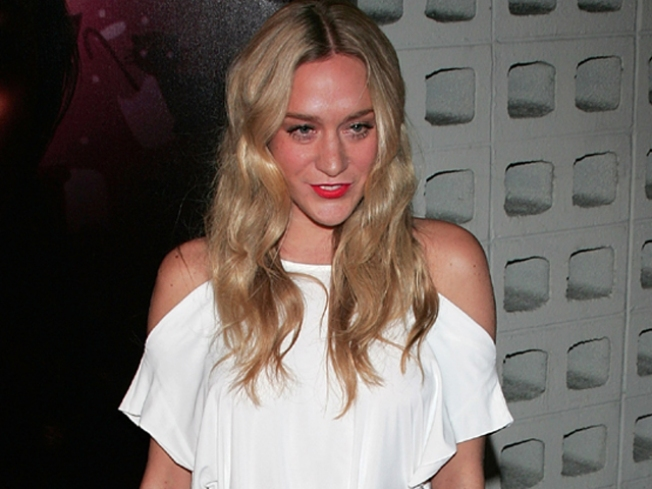 "Chloe Sevigny Apologizes For ""Awful"" ""Big Love"" Remarks"