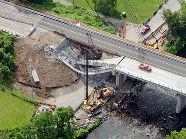 Police ID Worker Injured in Naugatuck Bridge Collapse