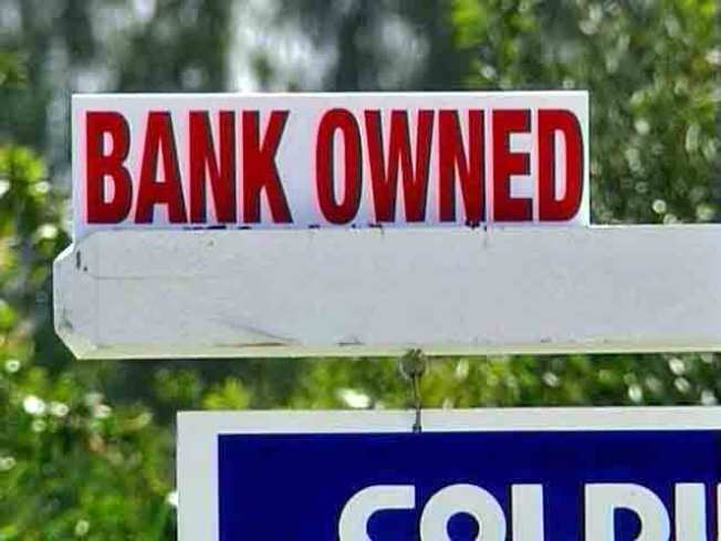 State Foreclosures Down 22% In August