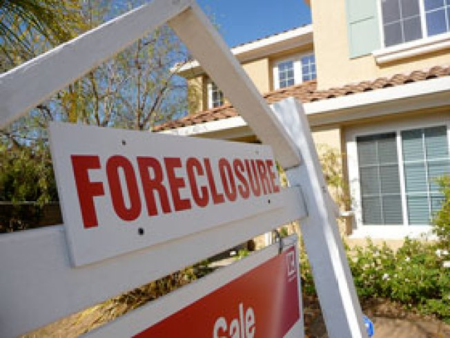 Connecticut Foreclosures Jump 22 Percent