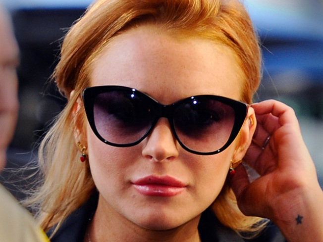 Ex-Betty Ford Worker Wants Case Against Lindsay Lohan Dropped