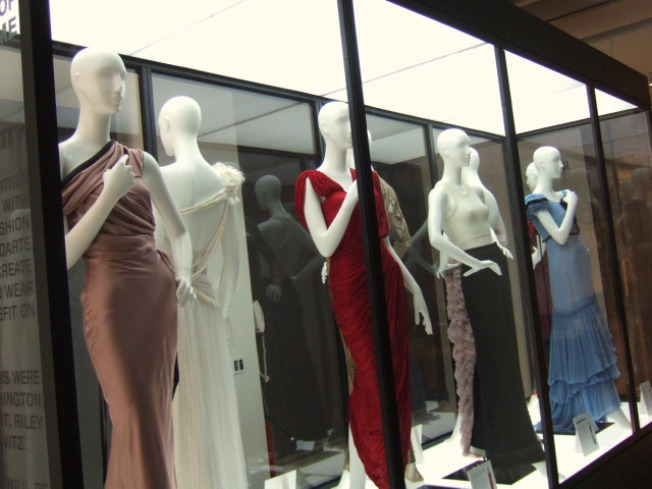 "Get ""Gently Used"" Designer Clothes for Less"
