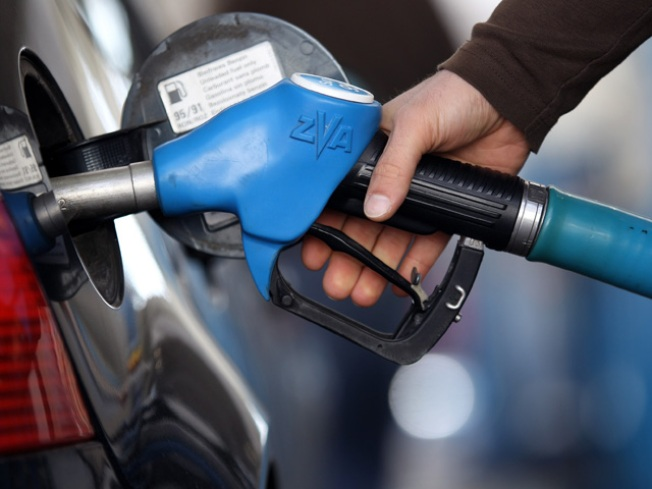 Gas Jumps to $3 Per Gallon